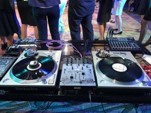 アナログレコード・ターンテーブル・DJ機材セッティング